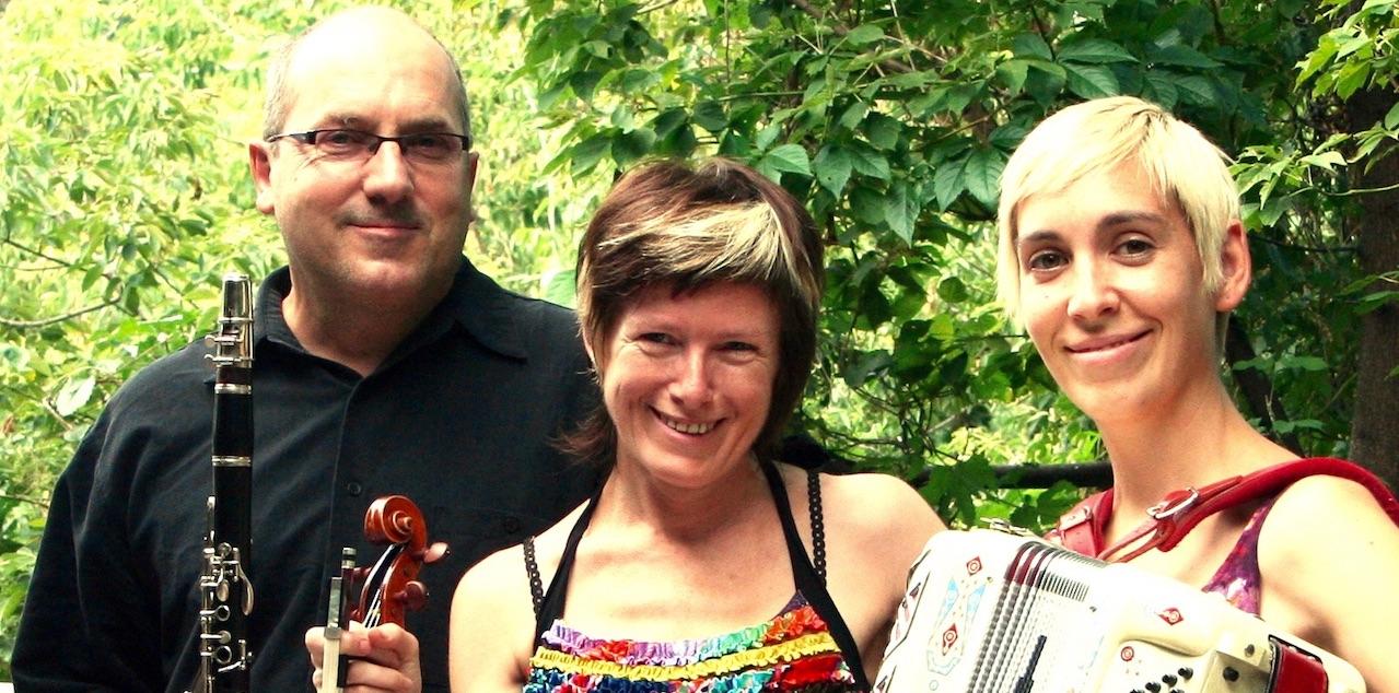 Trio Oulitsa